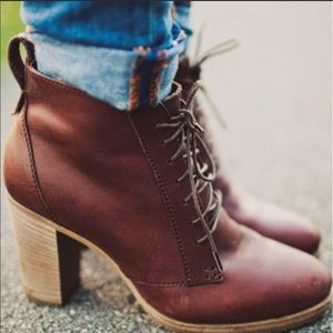 Madewell 1937 Leather Prairie Lace Up Ankle Boots